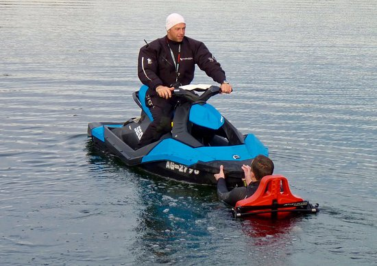 Jetlev Flyer: In the water, ready to fly
