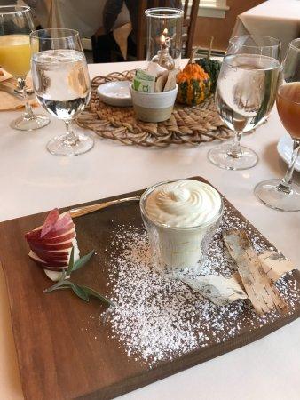 Jackson House Inn: Fresh artisan crafted yogurt