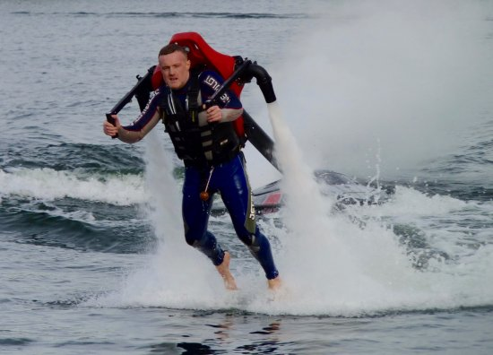 Wyboston, UK: Jetlev - flying!
