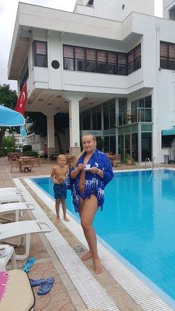 Sesin Hotel : IMG-20171028-WA0007_large.jpg