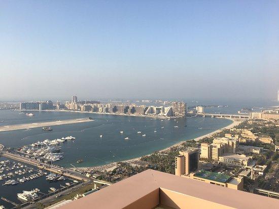 Dubai Marriott Harbour Hotel & Suites: photo2.jpg