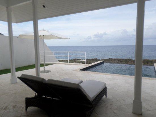 bedroom in villa 1 picture of the trident hotel port antonio tripadvisor. Black Bedroom Furniture Sets. Home Design Ideas