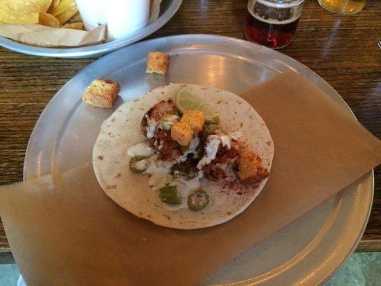 Travelers Rest, SC: Hot Chicken taco.