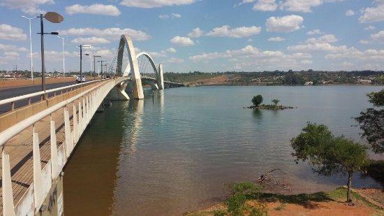 Ponte JK Foto