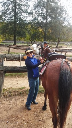 Del Rio, TN: Saddling up my horse Faith
