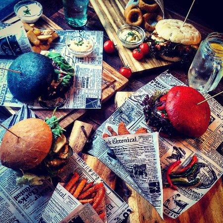 Addicted To Rock Bar & Burger
