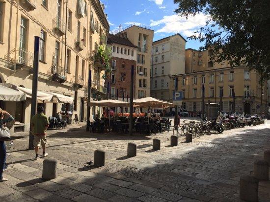 Quadrilatero Romano: Largo IV Marzo