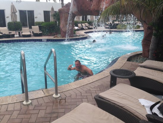 Sunny Isles Beach, FL: Pool