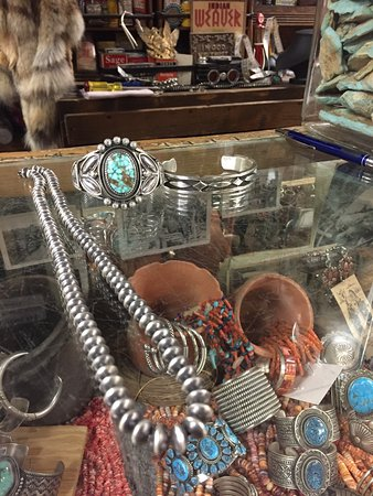 Gallup, New Mexiko: A few of the beautiful jewelry items!
