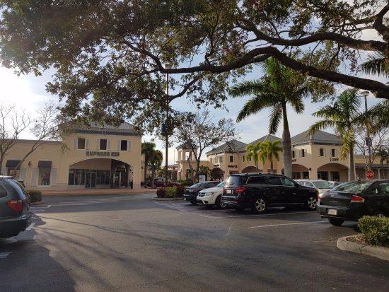 Ellenton, Floryda: Estacionamiento
