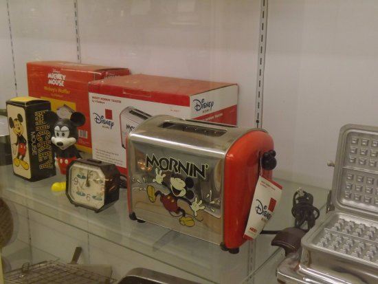 Diamond, MO: Disney advertising items