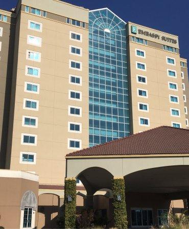 Embassy Suites by Hilton Hotel Monterey Bay - Seaside: photo0.jpg