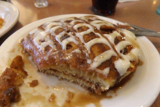 Sayre, Oklahoma: Cinnabon pancakes
