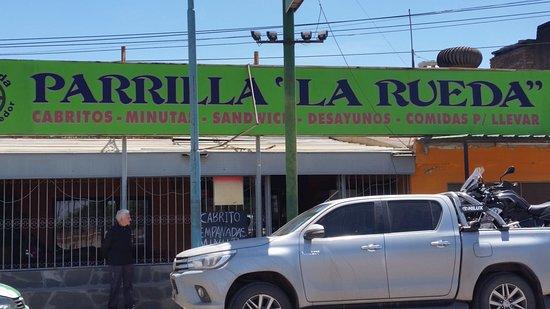 Recreo, Αργεντινή: Parrilla La Rueda