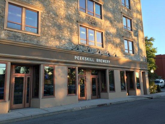 Peekskill, نيويورك: Nice location in town
