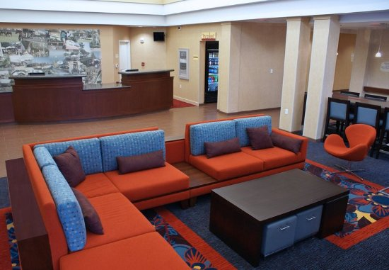 Residence Inn New Orleans Covington/North Shore: Reception Desk