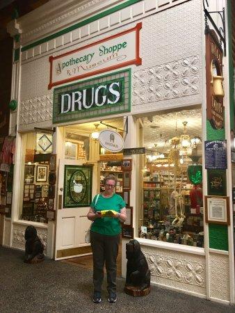 Уолл, Южная Дакота: A few pics of Wall Drug
