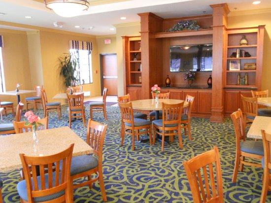 Holiday Inn Express San Diego N - Rancho Bernardo: Holiday Inn Express San Diego Rancho Bernardo Hotel Breakfast Area