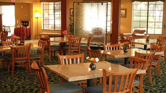 Holiday Inn Express San Diego N - Rancho Bernardo: Menu Items