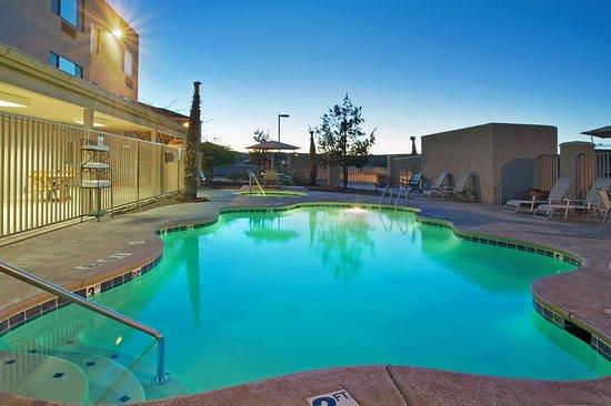 Nogales, AZ: Swimming Pool