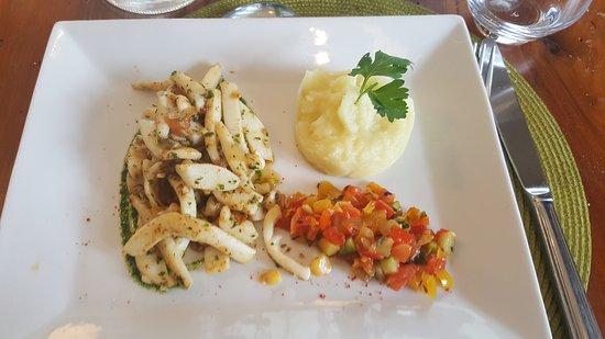 Restaurant Port D Attache Claouey