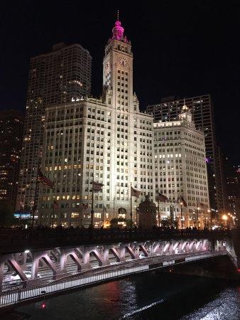 Michigan Avenue Bridge: photo0.jpg