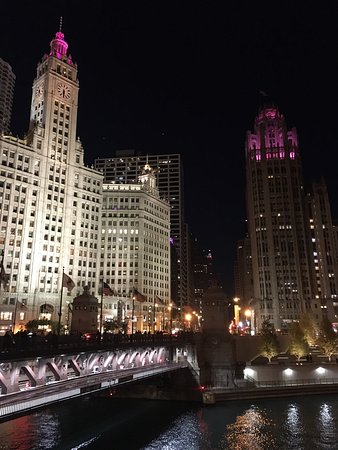 Michigan Avenue Bridge: photo1.jpg