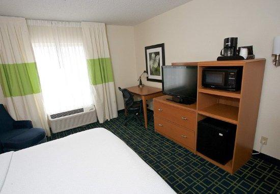 Beloit, WI: King Guest Room - In-Room Amenities