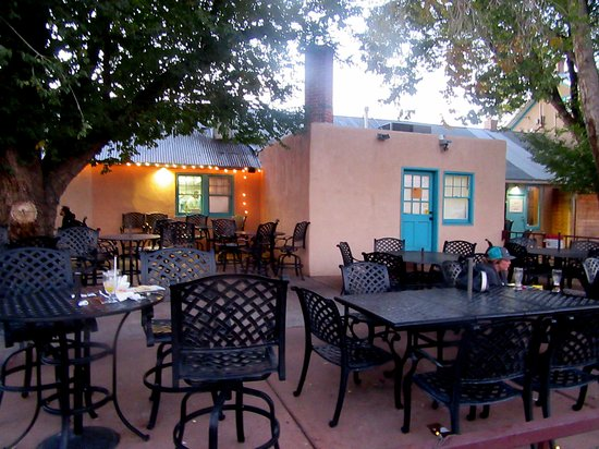 Patio Seating Backstreet Grill Albuquerque New Mexico