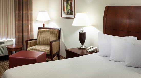 Hilton Garden Inn Tucson Airport: King Room Corner