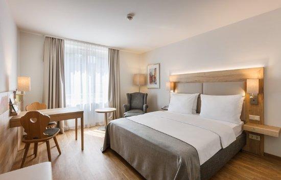 هوليداي إن نومبيرج سيتي سنتر: Queen Bed Guest Room