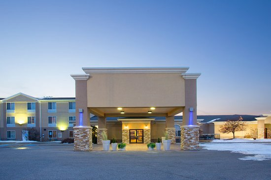 Welcome to Holiday Inn Express, Lexington Nebraska