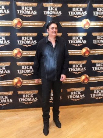 Andy Williams Performing Arts Center & Theatre: Rick Thomas the Illusionist