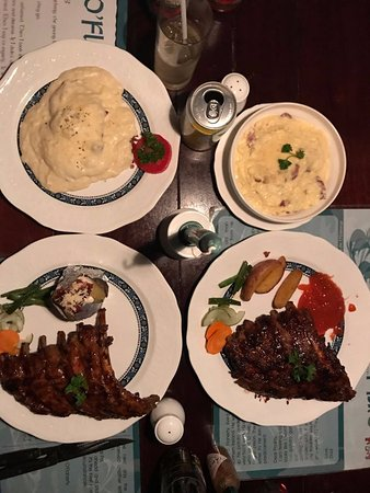 O'Flahertys Bar and Restaurant: potato skin, fetucine, baby pork ribs