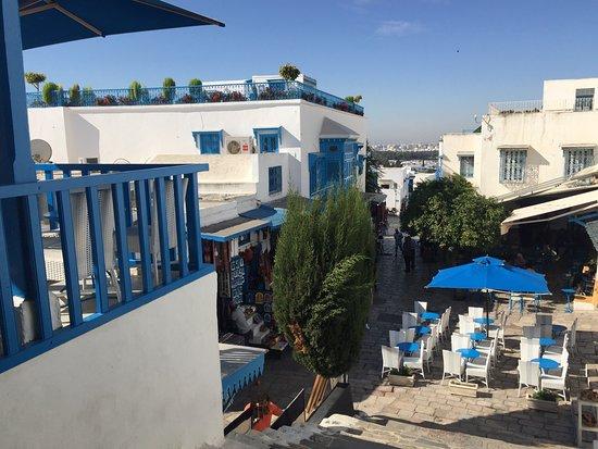 Cafe des nattes sidi bou said restaurant avis num ro for Sidi bou said restaurant
