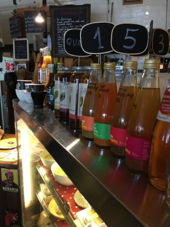 Devonport, Nueva Zelanda: Beverages . . . Blueberry Chia's good.