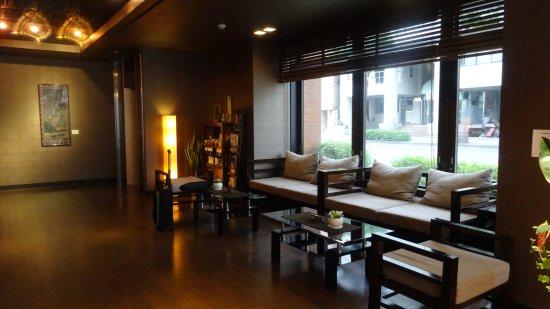 Silk Inn Kagoshima: ホテルのロビー