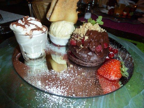 Saint Geniez d'Olt, France: dessert chocolat 2