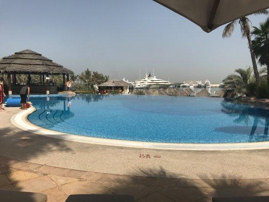 Фотография Le Meridien Mina Seyahi Beach Resort and Marina
