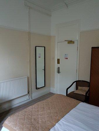 The Grand Hotel - Llandudno: the standard room...cell