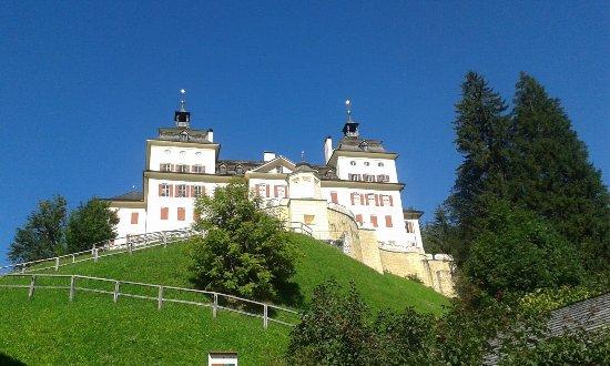 Castel Wolfsthurn - Museo Provinciale della Caccia e della Pesca