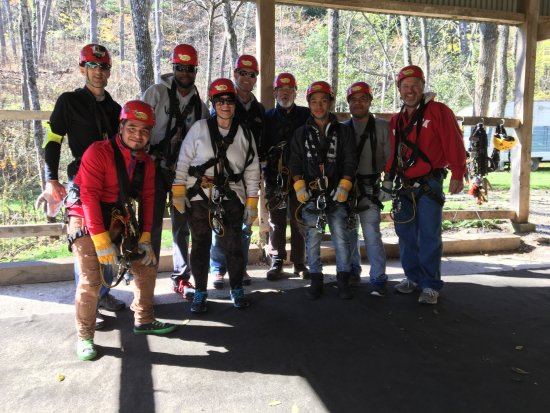 Tree Frog Canopy Tours Zipline: Family including dad, three sons, daughter and her husband and three men who help on the farm