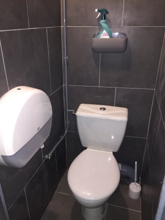 Le Pre Saint Gervais, فرنسا: Toilettes communes