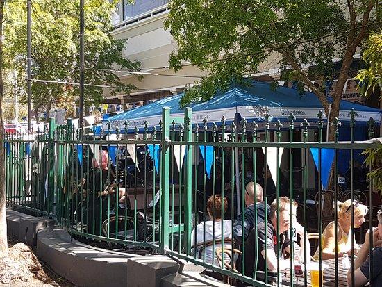Kalamunda, Australia: Front courtyard, with live music
