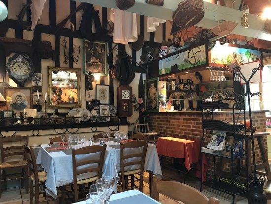 Craon, France: Le Grenier a Popote