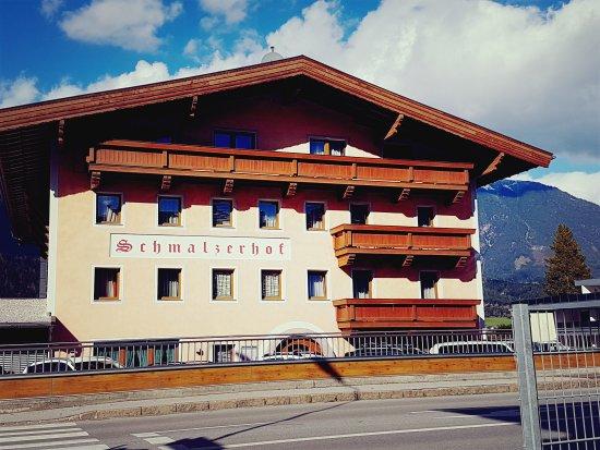 Weer, Austria: Schmalzerhof