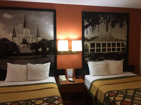 Super 8 New Orleans: Absolutely beautiful!