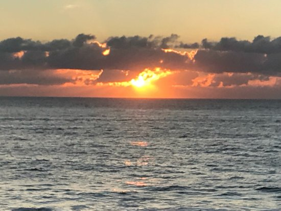 White Sands Oceanfront Resort & Spa: photo2.jpg