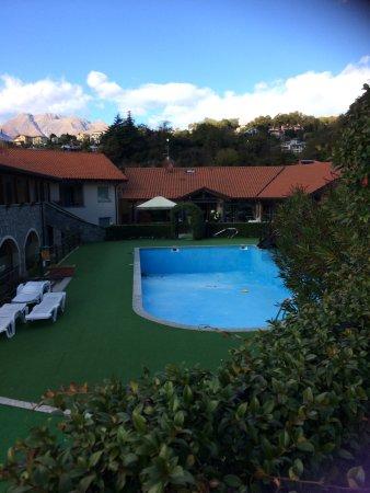 Oasi dei Celti: Pool view
