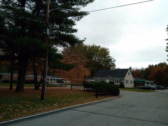 Park View Inn Inc.: Hotel Grounds